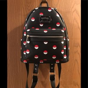 Loungefly Mini Backpack (Pokèmon)